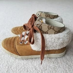 Other - Gucci Fur Sneaker kid